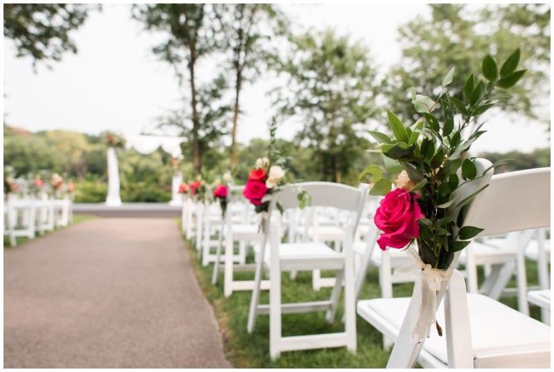 Leopold's Mississippi Gardens, bright wedding floral, warm wedding floral, bold wedding floral, Artemisia Studios, Minneapolis wedding florist, Minnesota wedding florist