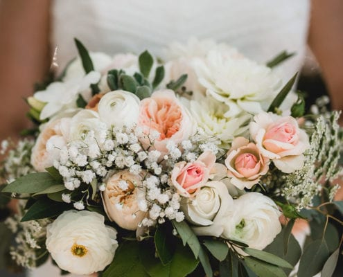Troy Burne Golf Course, Aqua Fox Photography, spring wedding, outdoor wedding, spring wedding flowers, spring wedding floral, orange wedding flowers, orange floral, blush wedding, blush and orange wedding, Artemisia Studios, Saint Paul wedding florist, Minnesota wedding florist