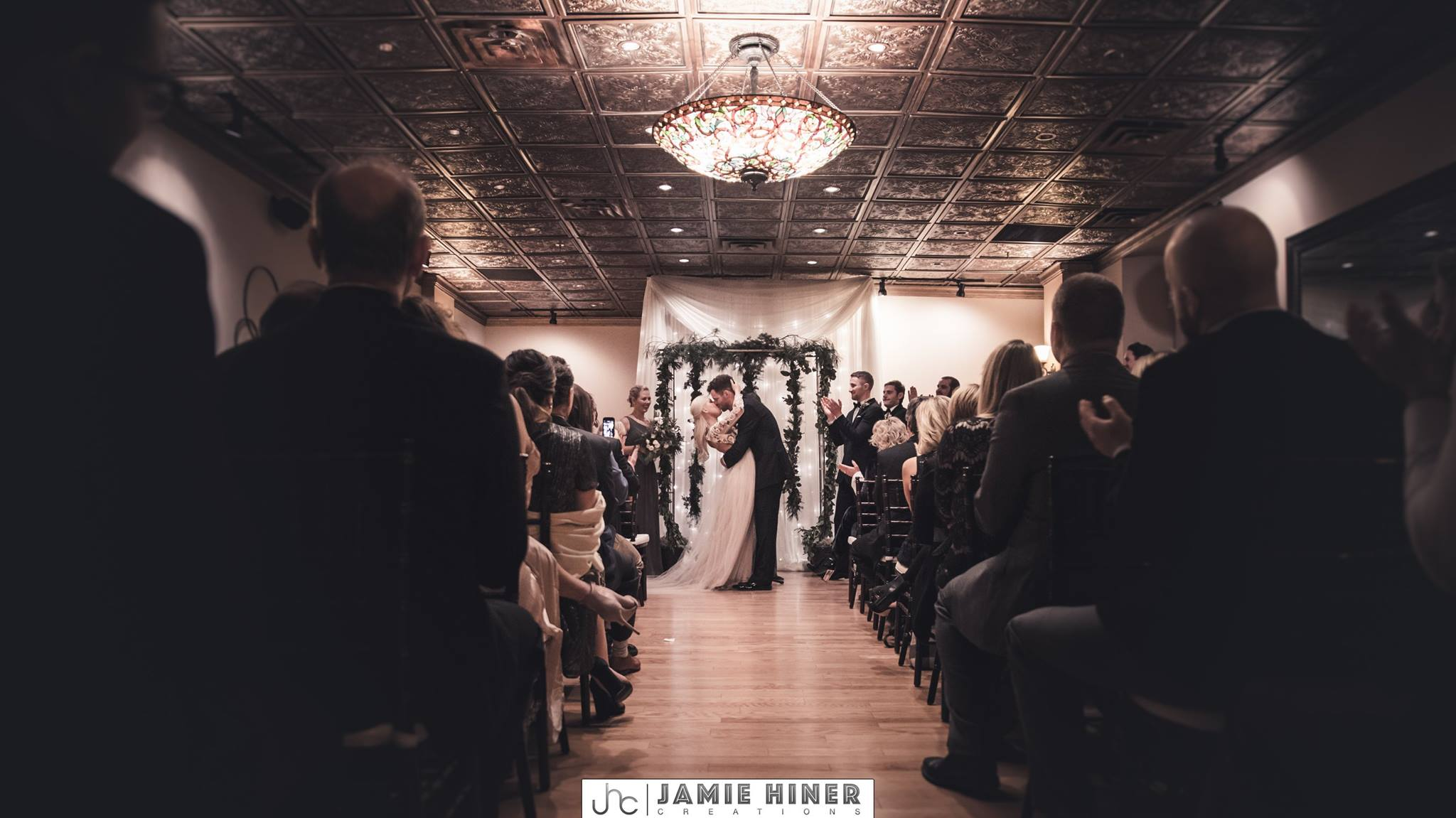 Jamie Hiner Creations, 413 on Wacouta, winter wedding, winter flowers, winter wedding flowers, winter bouquet, winter bridal, Saint Paul wedding, bridal style, winter wedding inspiration, Minnesota wedding, Saint Paul wedding florist, Minnesota wedding florist, winter floral, Artemisia Studios