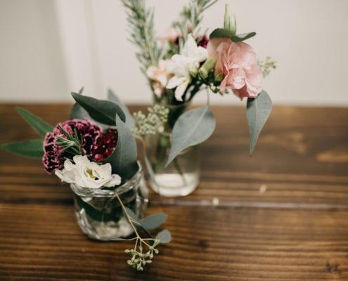 Forever Bride, RaeLyn Nicole Photography, winter floral, event floral, Minneapolis event florist, Twin Cities event florist, Artemisia Studios, winter flowers, winter floral