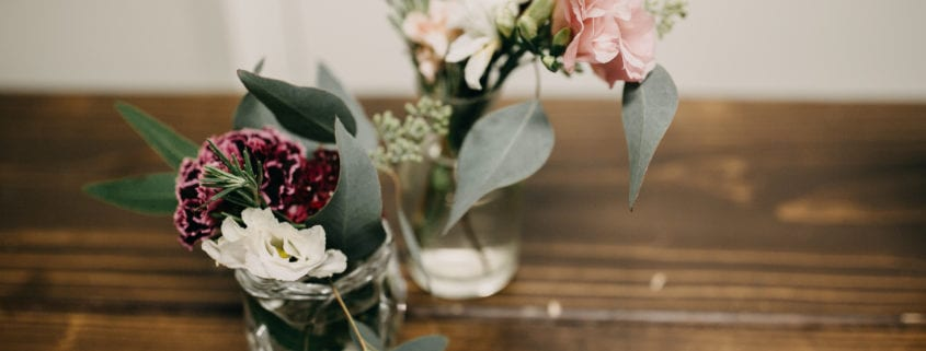 Forever Bride, RaeLyn Nicole Photography, winter floral, event floral, Minneapolis event florist, Twin Cities event florist, Artemisia Studios, winter flowers, winter floral