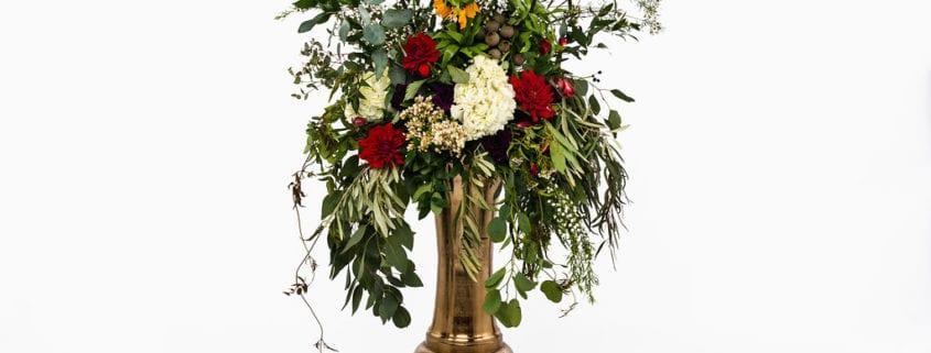 Artemisia Studios, wedding rentals, floral rentals, Minneapolis rentals, Minneapolis wedding rentals, floral vase, stand vase, gold