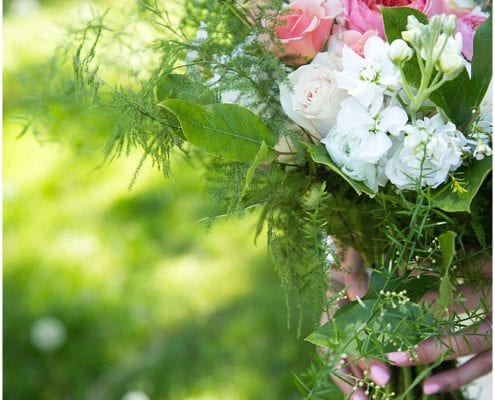Carly Jo Photography, Lake Nokomis, spring wedding, spring wedding floral, flowers, flower, wedding florist, Minneapolis wedding florist