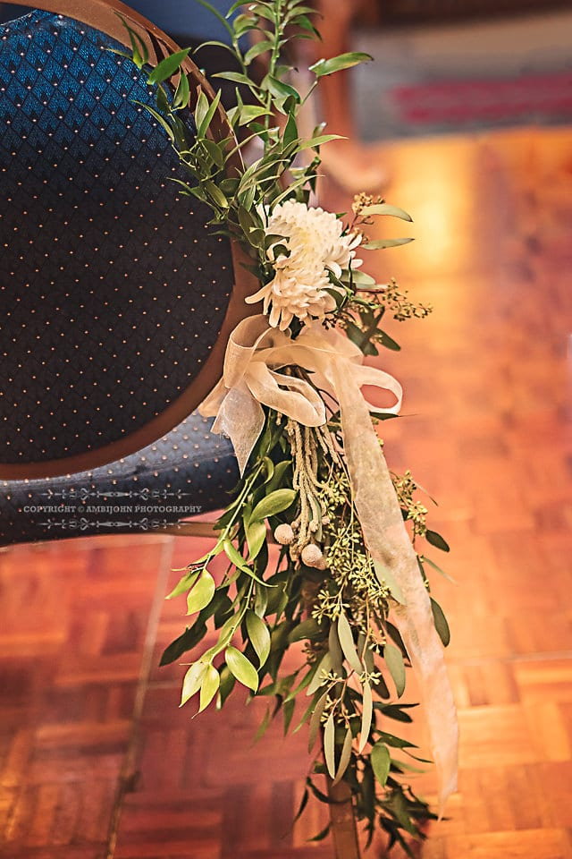 AmbiJohn Photography, Crowne Plaza Minneapolis, winter wedding, wedding, hotel wedding, indoor wedding, Minneapolis hotel wedding, Minneapolis wedding, Minnesota wedding, wedding inspiration, winter flowers, winter floral, winter wedding floral