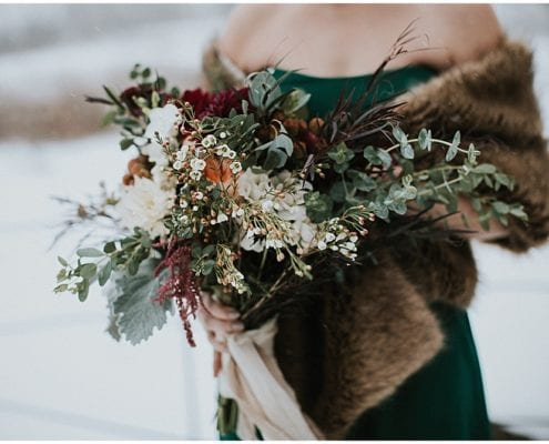 Studio 29 Photography, Enchanted Barn, winter wedding, winter flowers, winter wedding floral, winter floral, wedding inspiration, Artemisia Studios, Minneapolis wedding florist, winter florals, winter wedding inspiration
