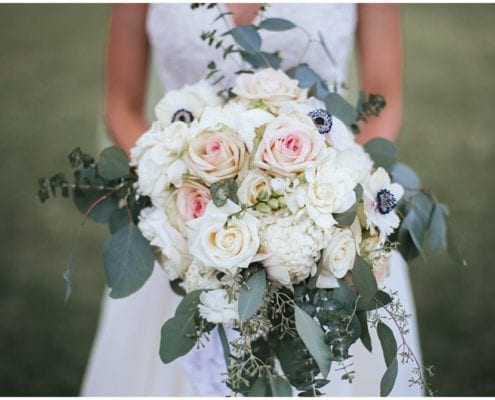 Artemisia Studios, Minneapolis wedding florist, wedding, florist, bouquet, bridal bouquet, wedding floral, wedding flowers, flowers, floral, bride, bridal style, boutonnieres, wedding ideas, wedding inspiration, Minnesota wedding, Minneapolis wedding