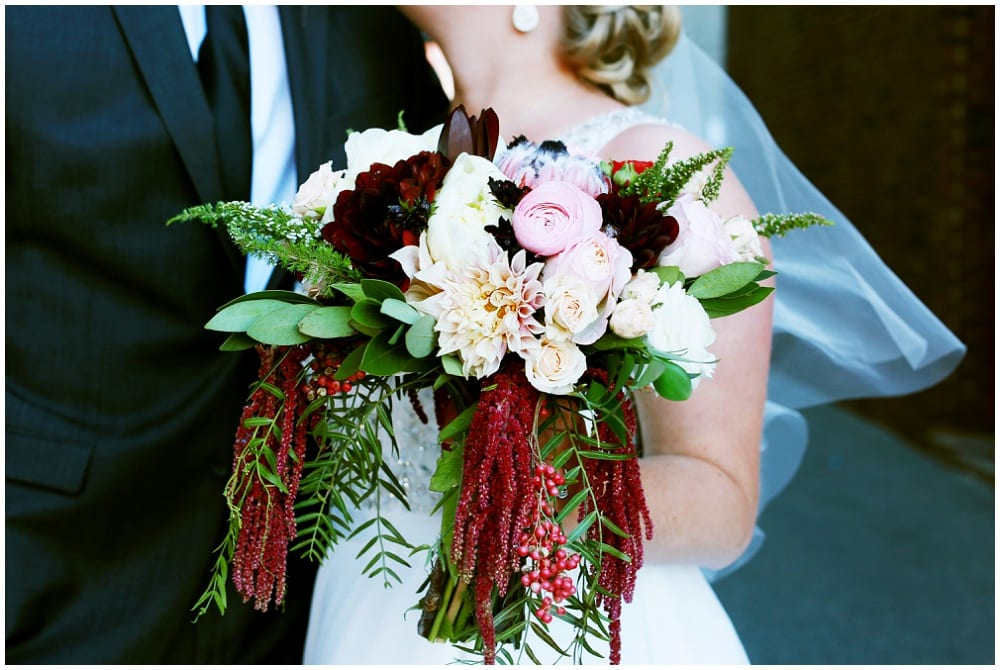 Hannah Schmitt Photography, A'BULAE, Saint Paul wedding, Minnesota wedding, burgundy wedding, winter wedding, Minnesota winter wedding, winter floral, winter wedding decor, Artemisia Studios, Minneapolis wedding florist, bridal bouquet