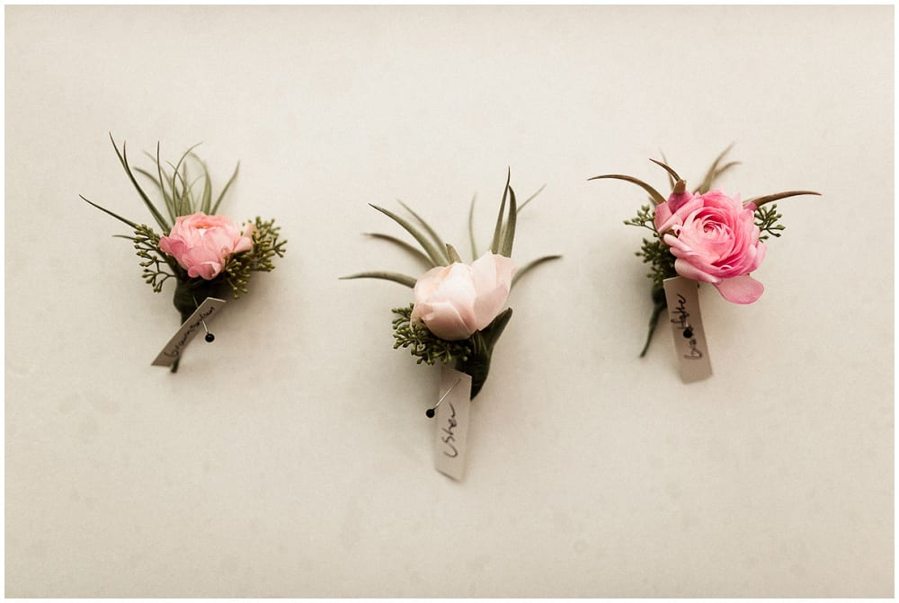 Tandem Tree Photography, Minnesota History Center, wedding, wedding floral, wedding flowers, Minnesota wedding florist, wedding florist, wedding floral arrangements, Minnesota wedding, boutonnieres