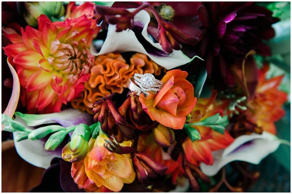 Jill Johnson Photography, Earle Brown Heritage Center, fall wedding, Minneapolis wedding, fall wedding floral, wedding floral, wedding flowers, fall flowers, bridal bouquet