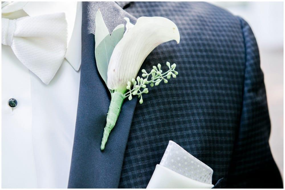 Jill Johnson Photography, Earle Brown Heritage Center, fall wedding, Minneapolis wedding, fall wedding floral, wedding floral, wedding flowers, fall flowers, boutonniere, groom