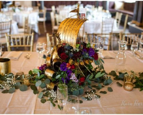 Kara Pearson Photography, Semple Mansion, fall wedding, Minneapolis wedding, fall flowers, fall floral, Artemisia Studios, boutonnieres, florist, bridal bouquet, centerpieces, wedding reception, wedding decor