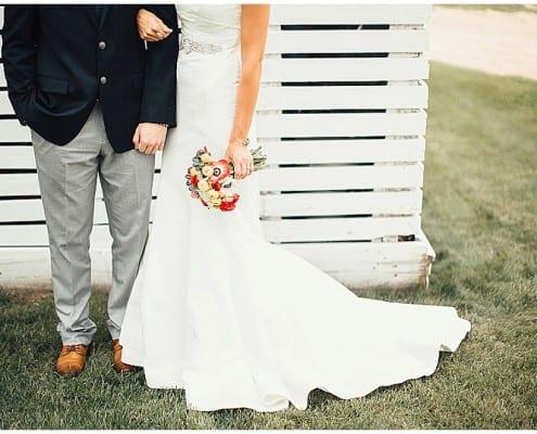 Dellwood Barn, Rachel Marie Photographie, rustic wedding, barn wedding, farm wedding, white fence, bride, groom, navy and red wedding, bridal bouquet, wedding gown, bridal dress