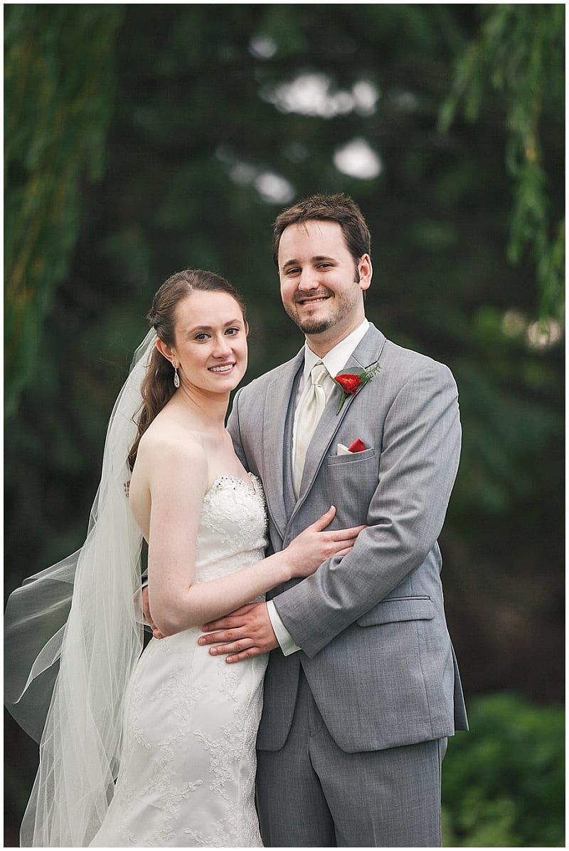 Olympic Hills Golf Club, bride, groom, flowers, floral, boutonniere