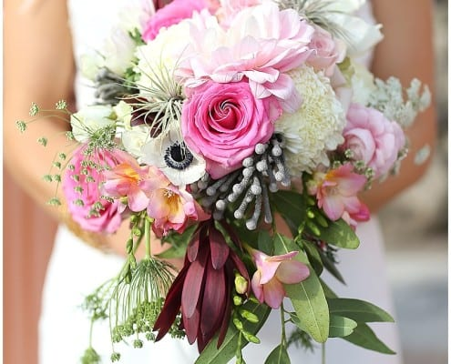 Como Zoo, bride, bridal bouquet, pink flowers, summer wedding